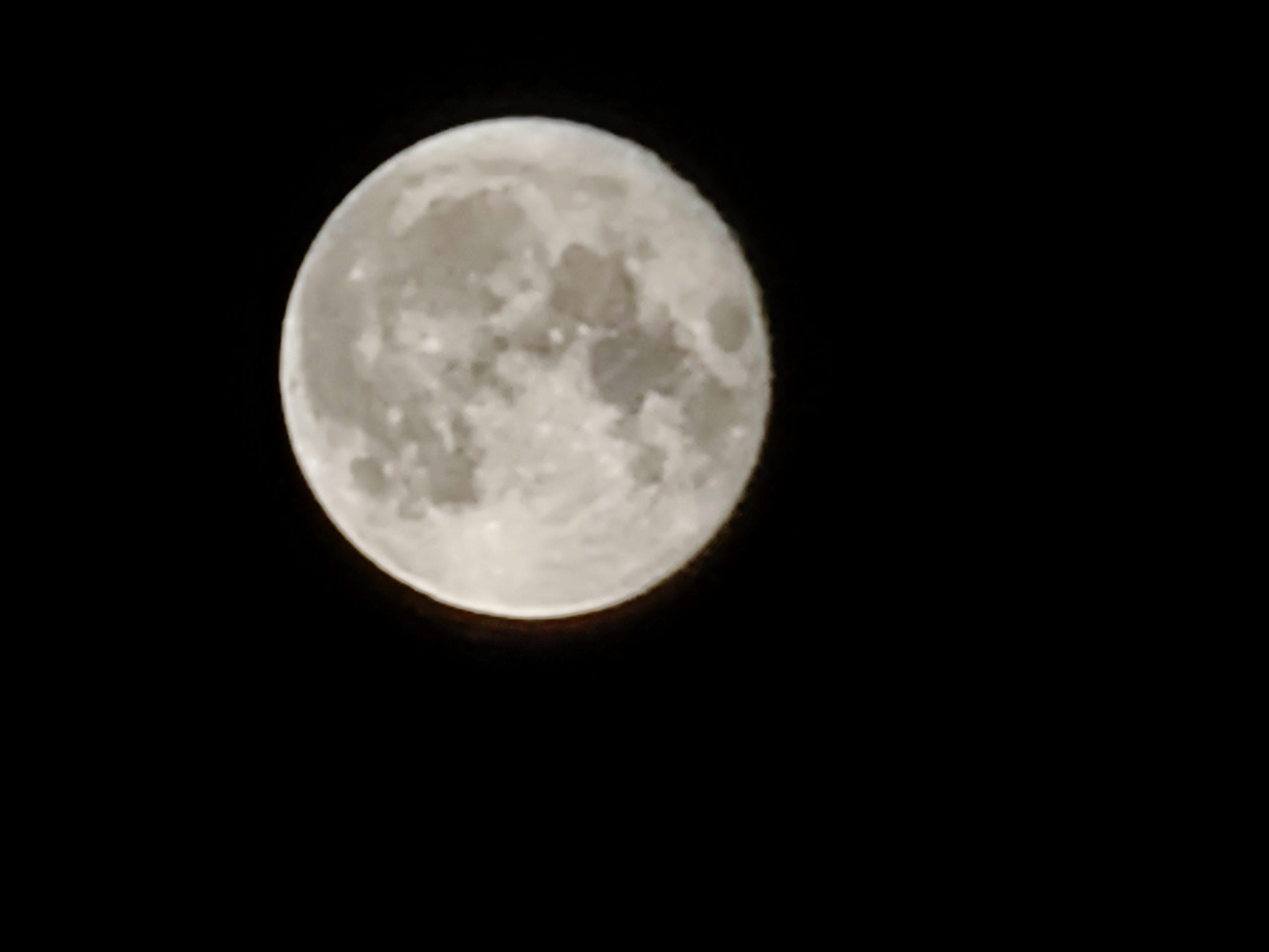 Der Mond - 60fach Digital-Zoom